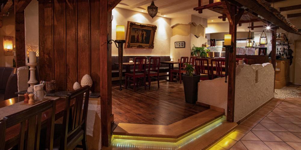 Pizzeria Paderborn • Restaurant Piccola Posta • Speisekarte Piccola Posta • Italiener • Restaurant Paderborn • Essen in Paderborn • Ambiente • Restaurant Schloß Neuhaus